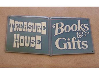 Treasure House of Books sign